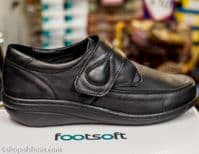 Footsoft  soft leather Velcro shoe.Gloriously soft leather with cushioned cuff and easy on Velcro touch fastening.This shoe has everything a good comfortable shoe should have and with the easy style and history of the Hush Puppies brand. Available online or from our shop in Whitchurch Hampshire RG287HD positioned easily between Newbury and Winchester off the A34 and between Basingstoke and Andover right on the border of North Hampshire and Berkshire.
